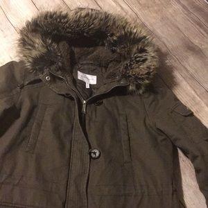 ❤️BCBGeneration warm winter coat with fur hood!!❤️